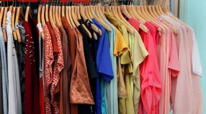 Στα ρούχα για τους σκόρους